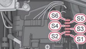 Skoda Citigo - fuse box diagram - engine compartment