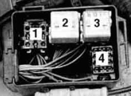 BMW 525i - wiring diagram - fuse box -  auxiliary relay box